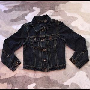 👯♀️$3 IF BUNDLE. Girl jean jacket